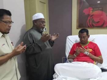 Halimey masih mendapatkan rawatan di sebuah hospital swasta selepas mengadu sesak nafas lewat malam Jumaat lalu.