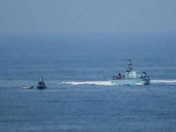 Tentera Israel pada Ahad menahan dua nelayan Palestin berhampiran pantai Semenanjung Gaza - Foto Anadolu Agency