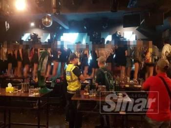 Antara yang ditahan dalam Ops Noda di sebuah pusat hiburan di Kota Damansara Petaling Jaya di sini tengah malam tadi.