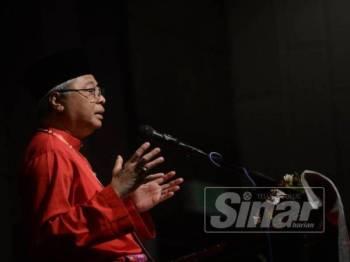 Ismail Sabri ketika merasmikan Mesyuarat Perwakilan Tahunan 2019, UMNO Bahagian Subang di Kinrara Resort di sini hari ini. -Foto Sinar Harian