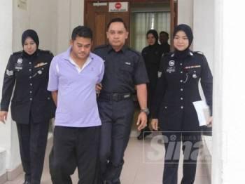 Tertuduh dihadapkan ke Mahkamah Seksyen Kuala Kubu Bharu hari ini atas empat pertuduhan.