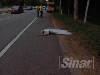 Mayat seorang lelaki yang maut selepas dipercayai dilanggar sebuah lori membawa muatan roti di Lebuh AMJ berhampiran Institut Latihan Memandu Kandang, pagi tadi.