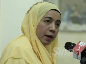 Dr. Asmah Razalli Ketua Wirawati PUTRA Malaysia memberi kenyataan media pada sidang media Khas Parti Putra Malaysia,Kuala Lumpur hari ini. -Foto Sinar Harian ZAHID IZZANI