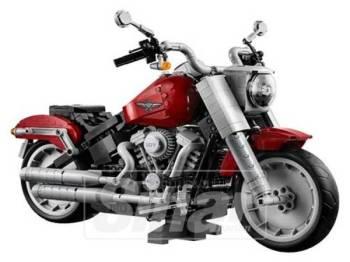 MOTOSIKAL Milwaukee Harley- Davidson dalam bentuk miniatur menggunakan 1,023 kepingan Lego.
