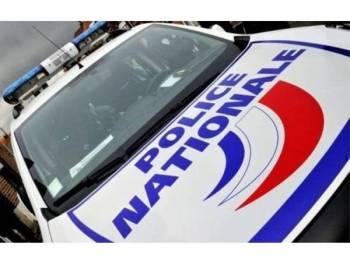 Polis Perancis melancarkan siasatan susulan penemuan mayat seorang wanita dalam beg pakaian dan menahan suami mangsa.