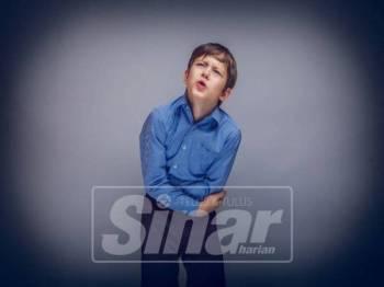 SAKIT perut disusuli dengan muntah dan cirit-birit mungkin kerana serangan cacing rambu.