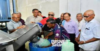 Kilang ais batu bernilai hampir RM4500,000 dibina oleh Koperasi Setiajaya Pulau Redang Kuala Terengganu Berhad di Pulau Redang.