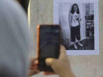 Setelah 10 hari hilang, akhirnya misteri kehilangan Nora Anne terjawab apabila mayatnya ditemui kira-kira 2.5km dari lokasi percutian bersama keluarganya di Resort The Dusun Pantai Hill di sini. - Foto Bernama