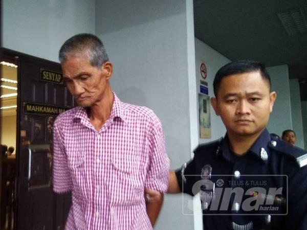 Soon Boon dijatuhi hukuman penjara empat bulan oleh Mahkamah Majistret Ayer Keroh selepas mengaku bersalah mengugut bunuh dan menumbuk pengerusi persatuan penduduk pada 15 Ogos lalu.