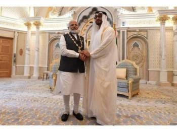 Penganugerahan 'Order of Zayed' itu menunjukkan kepentingan UAE di India yang juga pengguna minyak mentah ketiga terbesar di dunia.