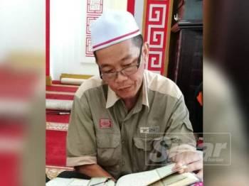 Hanif Chan membaca al-Quran sempena Malaysia #QuranHour di Masjid Muhammadiah (Masjid Cina Muslim) Taman Tasek Jaya hari ini.