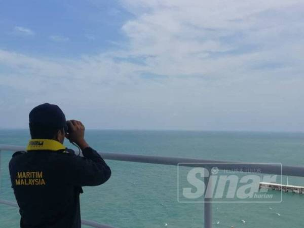 APMM mengkoordinasikan pencarian dua individu dipercayai terapung di perairan ABMB sebelum menamatkan SAR tengah hari tadi selepas kapal kargo menemui mayat tersebut