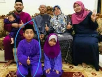 Arif Aiman Mohd Syabrul Khairi dalam bulatan.