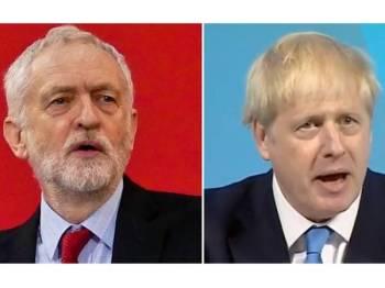 Corbyn (kiri) menentang sekeras-kerasnya Brexit tanpa perjanjian seperti dicadangkan Johnson.