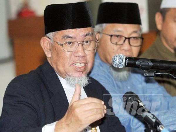 Mohd Azmi Abdul Hamid. - FOTO ROSLI TALIB