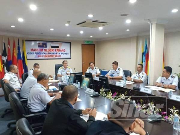 Zulkarnain mempengerusikan Mesyuarat Ops NAGA di ibu pejabat APMM Pahang di sini hari ini.