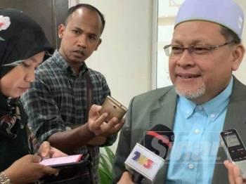 Mohd Amar ditemui pemberita selepas Mesyuarat Exco Kerajaan Negeri di Majlis Daerah Tanah Merah hari ini.