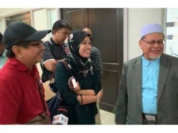 Mohd Amar ketika ditemui media selepas Mesyuarat Exco Kerajaan Negeri yang berlangsung di Majlis Daerah Tanah Merah hari ini.