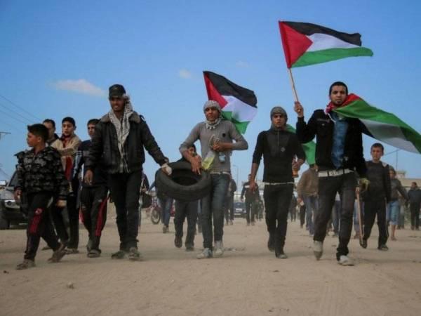 Penduduk Palestin berhimpun di sepanjang sempadan Gaza-Israel bagi memberi tekanan kepada rejim Zionis.