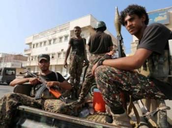 Gabungan Arab memerangi Houthi sejak konflik berlarutan selama lima tahun di Yemen.