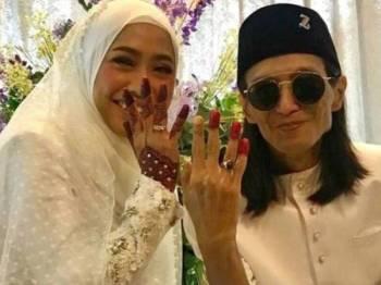 Zamani kini bergelar suami kepada Juliana Abdul Rani.