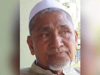 Mohd Kassim sebak apabila bercerita dan mengenang tentang anaknya, Allahyarham Muhammad Adib.