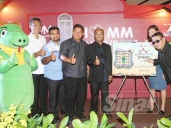 Suasana pada majlis pelancaran pengiklanan menerusi POS Malaysia sempena Promosi Pelancongan Negeri Melaka 2019 di Melawati Mall baru-baru ini.