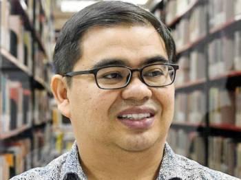 Awang Azman Awang Pawi