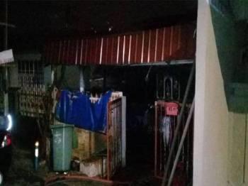 Kebakaran melibatkan sebuah rumah teres di Bandar Tun Razak di sini.
