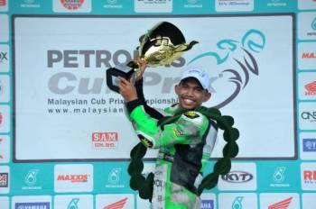 Nazirul Izzat muncul juara kelas CP150 pada Pusingan 7 Kejuaraan Cub Prix Malaysia Petronas 2019 di Litar Kompleks Sukan Syed Putra, Kangar.