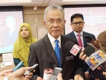 Kamarudin ditemui pemberita selepas majlis Hi-Tea Ketua Pengarang Media Sempena Dasar Pengangkutan Negara 2019-2030 hari ini.