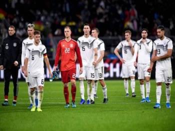 Jerman hanya mampu meraih keputusan seri 2-2 dengan Argentina. - Foto THE SUN