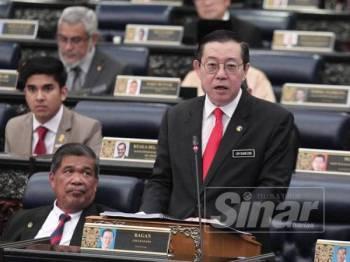 Menteri Kewangan, Lim Guan Eng berucap pada pembentangan Belanjawan 2020 di Parlimen hari ini. - Foto Sinar Harian ZAHID IZZANI