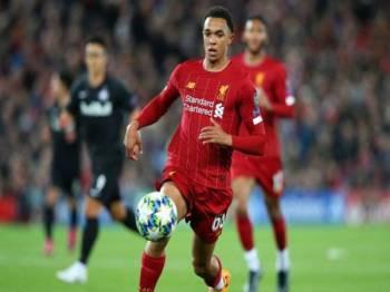 Arnold tersenarai dalam Buku Rekod Guiness selepas menjadi pertahanan terbanyak melakukan bantuan gol dalam saingan Liga Perdana Inggeris (EPL), musim lalu. FOTO: GOAL.COM