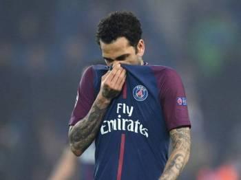 Alves kesan dengan sikap penduduk Perancis yang gemar memainkan sentimen perkauman.