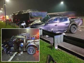 Dua maut dalam kemalangan membabitkan sebuah kenderaan pacuan empat roda dan lori. Gambar kecil: Keadaan pacuan empat roda dinaiki mangsa remuk. - Foto ihsan akhbar bahasa Cina