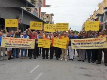 Sebahagian pengusaha Perindustrian DBP membantah perlaksanaan bazar larut malam di kawasan terbabit.