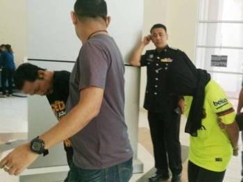 Tertuduh dibawa ke Mahkamah Majistret Klang semalam.