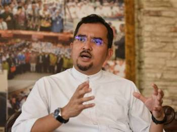 Dr Asyraf Wajdi