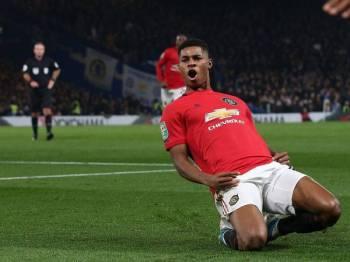 Rashford muncul wira United apabila menjaringkan dua gol ketika menewaskan Chelsea awal pagi tadi. - Foto: GettyImages