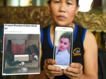 Ibu Van Tiep menunjukkan gambar anaknya yang dipercayai menjadi mangsa 'pakej VIP' ke UK.