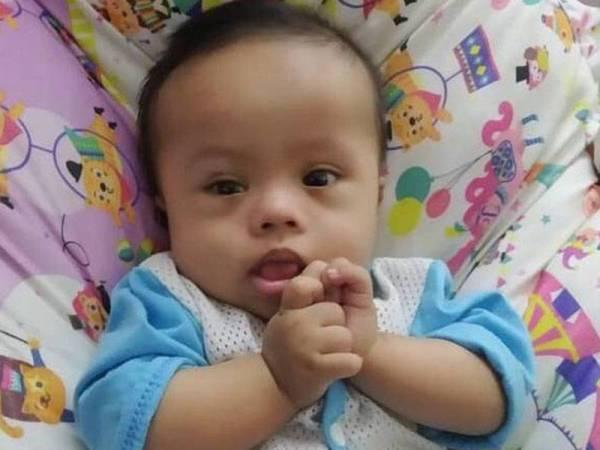 Meor Adam Rafael menghidap jantung berlubang sejak lahir.