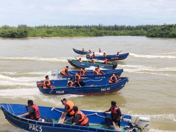 Bot yang sedia digunakan dalam misi menyelamat mangsa banjir di Kelantan yang dijangkakan akan berlaku 23 sehingga 26 November ini.