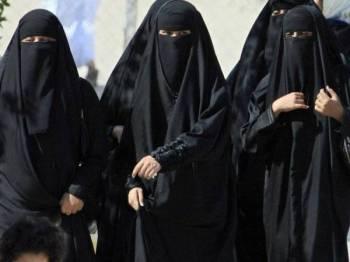 Wanita yang menjadi mangsa amalan Adhl boleh memfailkan tindakan undang-undang ke atas penjaga sah mereka.