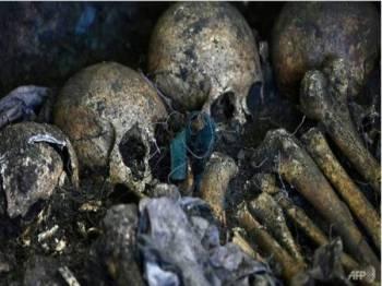 Pasukan forensik percaya tulang yang ditemukan itu termasuk milik lima kanak-kanak.