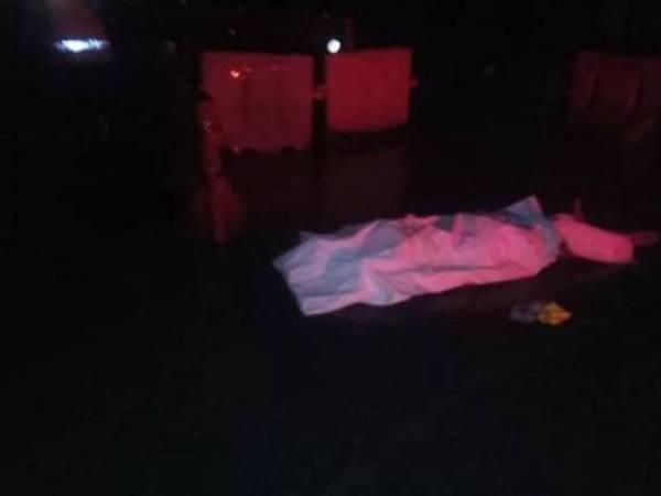 Mangsa maut selepas terjatuh dari jejambat berhampiran SMK Sungai Burong Tanjong Karang malam tadi.