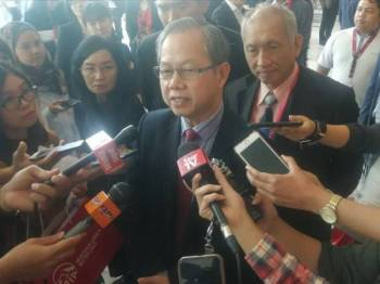 Boon Chye ditemuramah media selepas merasmjkan Sidang Kemuncak Kesihatan Tempat Kerja Paling Sihat Malaysia di Connexion Event Centre, Nexus di sini hari ini.