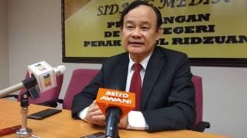 Koo Ham ketika sidang media menjawab isu yang dibangkitkan Saarani mengenai penarikan masa sesi penggulungan Sidang DUN Perak.