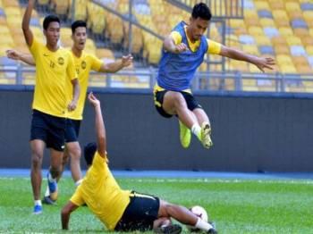 Pemain Harimau Malaya diingatkan tidak memandang rendah keupayaan jentera Indonesia pada perlawanan malam esok. - Foto: FB Football Association of Malaysia (Official)