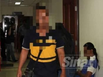 Seorang bapa diarah untuk membela diri atas pertuduhan merogol anak perempuannya berusia 13 tahun di Mahkamah Sesyen Ipoh hari ini.
